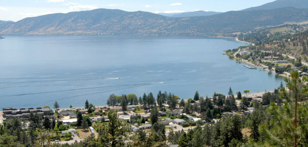 Jaime_Briggs_Kelowna_Neighbourhoods_Peachland